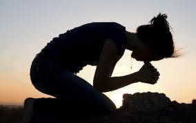 woman-kneeling